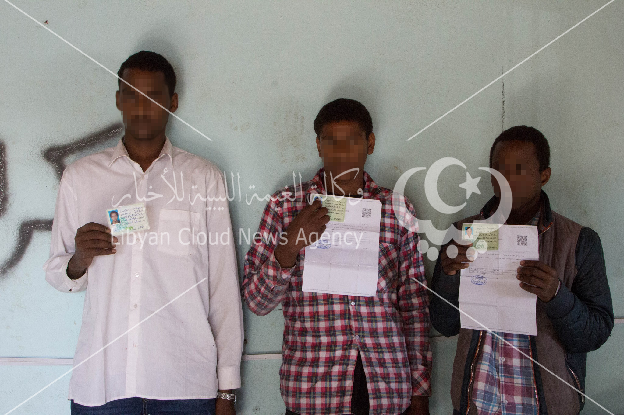 ضبط ثلاثة أجانب يتنقلون بأوراق ثبوتية ليبية