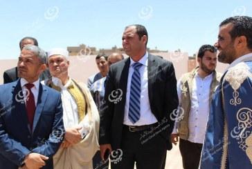 وزير التعليم يزور مدارس (العوينية) بجبل نفوسة