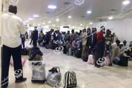 ترحيل مهاجرين غير قانونيين عبر مطار معيتيقة.