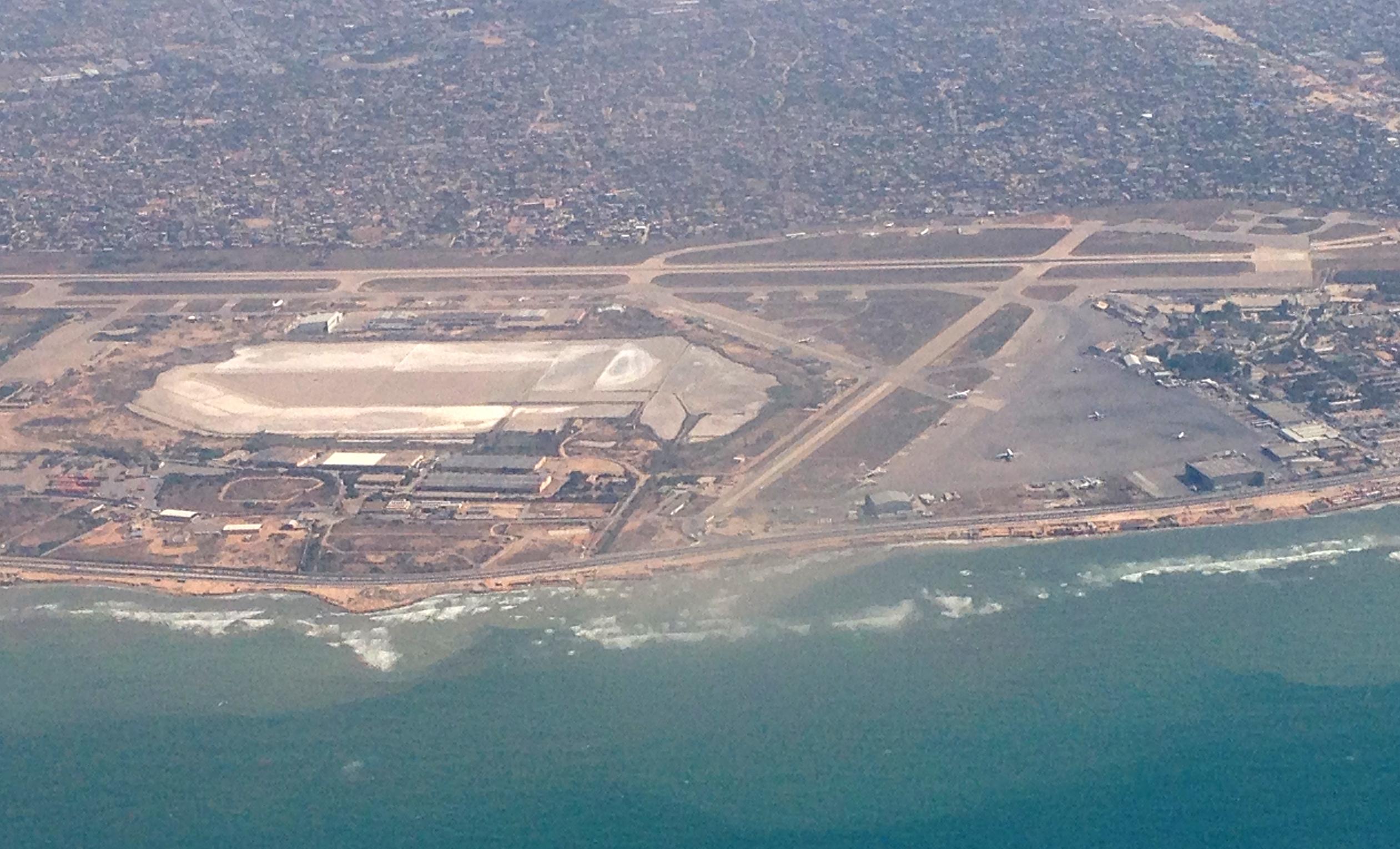 Photo of تعليق جديد للرحلات الجوية من و إلى مطار معيتيقة الدولي