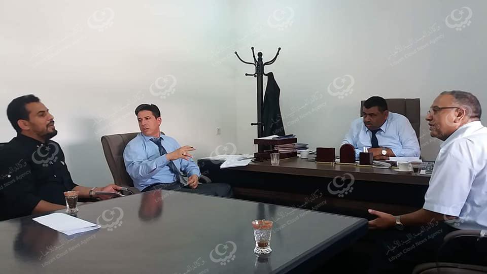 Photo of الحكومة الليبية المؤقتة تناقش المشاريع المزمع تنفيذها في بلدية توكرة