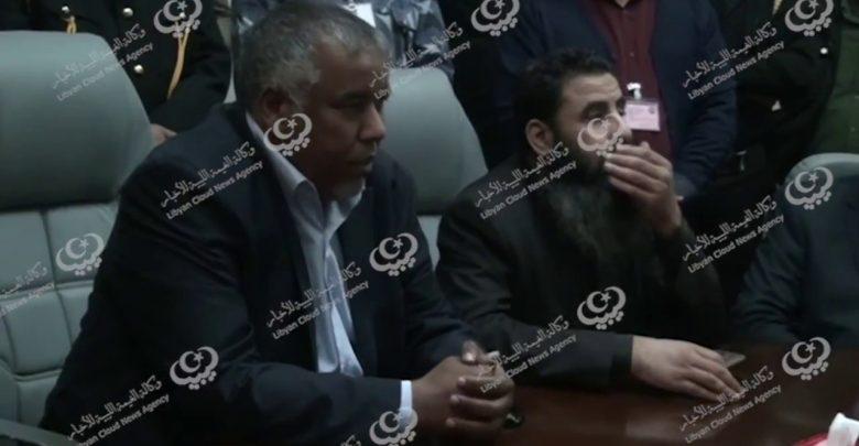 Photo of وزير الحكم المحلي يبحث مشكلة مياه الشرب في مدينة زلطن