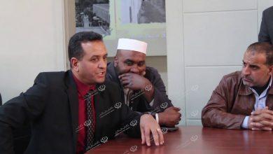 Photo of الأعيان و الحكماء بطبرق يتدخلون لحل مشكلة الأمن بالجامعة