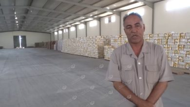 Photo of صندوق موازنة الأسعار يباشر توزيع السلع على الجمعيات الاستهلاكية بالواحات