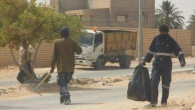 Photo of شركة الخدمات العامة ببلدية مزدة تنفذ حملة نظافة