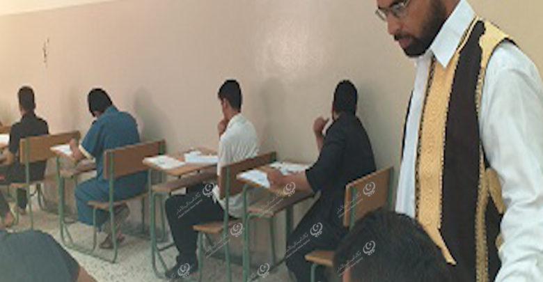 Photo of عميد بلدية نسمة ومراقب التعليم يتفقدون سير الامتحانات
