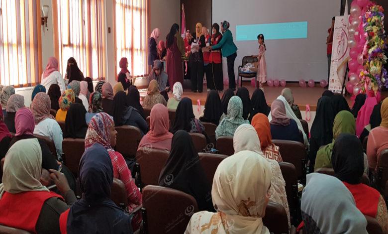 Photo of نشاط توعوي للكشف عن سرطان الثدي في اجدابيا ضمن حملة (الشهر الوردي)