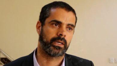 Photo of مدير إدارة المستشفيات بالحكومة المؤقتة يزورمستشفى جالو المركزي