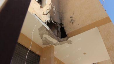 Photo of سقوط قذيفة على عمارة سكنية بمنطقة (صلاح الدين) يتسبب في قتل طفلتين وجرح ثالث
