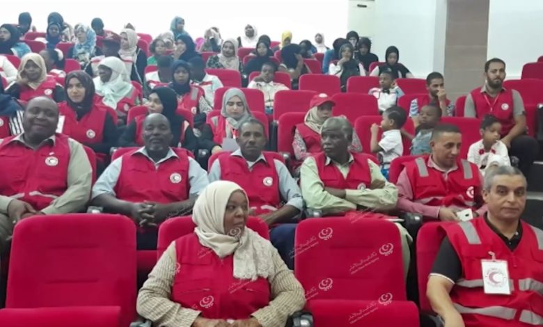 Photo of ندوة في سبها عن القانون الدولي الإنساني بمناسبة الذكرى (62) لتأسيس جمعية الهلال الأحمر