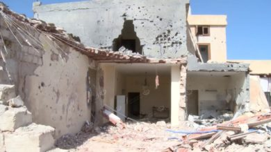 Photo of مقتل (3) أطفال وبتر رجل الرابعة في قصف مسكن بمنطقة الفرناج