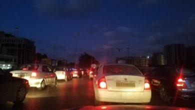 Photo of غلق الطريق الرابط بين الإشارة الضوئية طريق المطار وبوابة الجبس الفلاح جنوب طرابلس