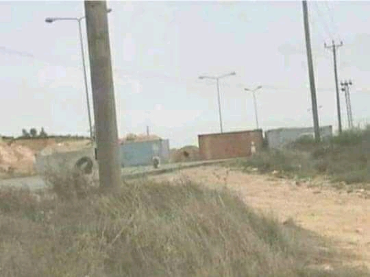 Photo of إغلاق الطرق المؤدية لمدينة غريان