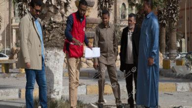 Photo of الهلال الأحمر اجدابيا يشارك البلدية في إنشاء ميدان بلدي وترميم حديقة المتصرفية