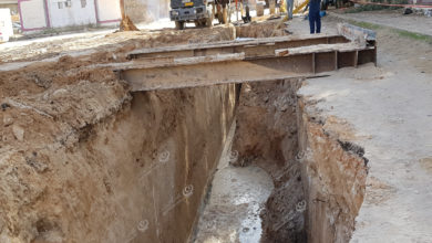 Photo of هبوط الطريق اثناء معالجة مشاكل الصرف باجدابيا لا علاقة له بوجود آثار