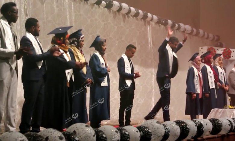 Photo of كلية الآداب والعلوم الواحات تحتفي بتخرج دفعة جديدة من قسم الإقتصاد