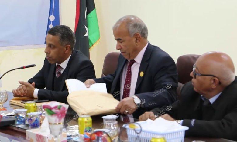 Photo of رئيس الوزراء بالحكومة الليبية والوفد الوزاري المرافق يجتمع بالمجلس التسييري لبلدية إجخرة