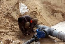 Photo of تواصل أعمال مد شبكة المياه لمستشفى جالو المركزي