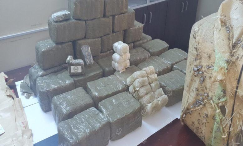 Photo of العثورعلى كمية من مخدر الحشيش على شاطئ مدينة صبراتة