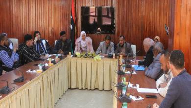 Photo of المجلس البلدي غدامس يجتمع مع وفد من غرفة التجارة بسبها