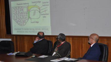 Photo of برنامج علمي بالمستشفى الجامعي طرابلس حول (تشريح عظمة الأذن وزراعة القوقعة)