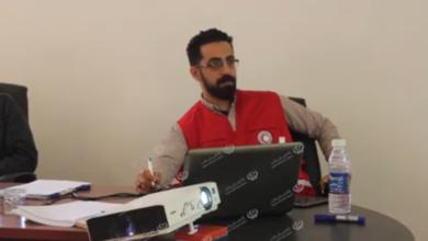 Photo of الهلال الأحمر ينظم محاضرة توعوية للوقاية من فيروس (كورونا) بقمينس وسلوق
