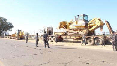 Photo of ضبط أشخاص أثناء قيامهم بالإستيلاء على أراضي وممتلكات الدولة الليبية
