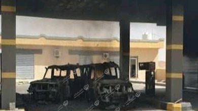 Photo of طائرة تقصف ثلاث سيارات عسكرية داخل محطة وقود نسمة