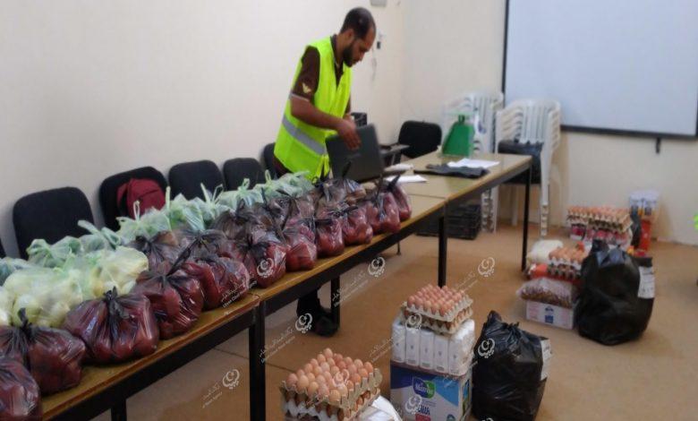 Photo of مشروع (أيادي الخير) يوزع وجبات إفطار على المهاجرين بسبها