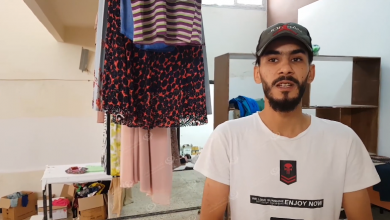 Photo of حملة (بسمة عيد) توزع الملابس على العائلات المحتاجة في اجدابيا