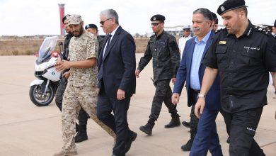 Photo of وزير الداخلية المفوض رفقة وزير المواصلات يقوم بجولة تفقدية داخل مطار طرابلس العالمي
