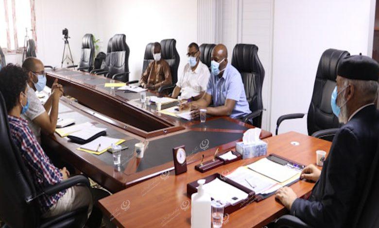Photo of لجنة مكافحة كورونا بسبها : نعاني من نقص في العناصر الطبية