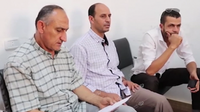 Photo of فريق التقصي والاستجابة ببني وليد يناقش آلية أخذ المسحات من النازحين