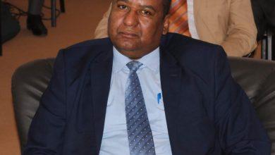 Photo of وكيل وزارة المالية يعد بالإفراج عن مرتبات عقود التوظيف مستوفية الإجراءات