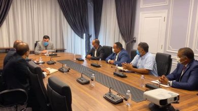 Photo of أعضاء مجلس إدارة الشركة العامة للكهرباء الجديد يؤدون القسم القانوني