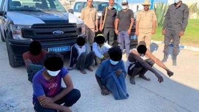 Photo of انتشال جثة بوسط البحر وإنقاذ (6) مهاجرين في حالة إستغاثة بعد أن تعطل قاربهم