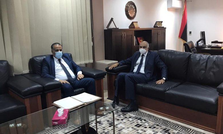 Photo of اجتماع ليبي تونسي لبحث وضع معبري وازن و رأس جدير