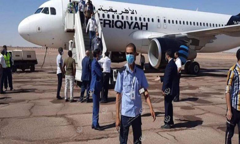 Photo of أول رحلة ركاب بمطار سبها قادمة من مطار معيتيقة بعد توقف (6) سنوات