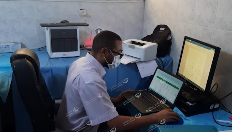 Photo of تواصل العمل داخل مختبر مكافحة الأمراض بسبها