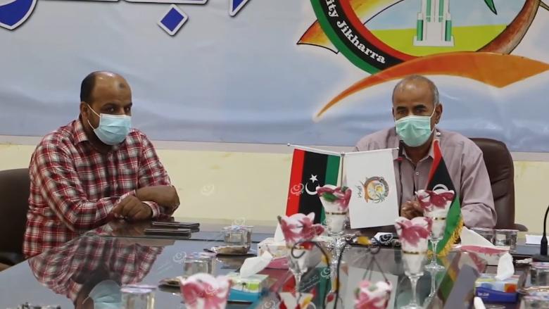 Photo of اجتماع لمناقشة دعم اللجنة الطبية الاستشارية لمكافحة وباء (كورونا) بالواحات