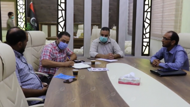 Photo of الصحة العالمية وبلدي طبرق ينظمان حملة توعوية ضد جائحة (كورونا)