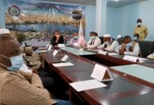 Photo of المجلس البلدي بنت بية يجتمع بالأجهزة الأمنية والضبطية ومختاري المحلات لتشكيل غرفة أمنية مشتركة