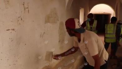 Photo of مبادرة لازالة (الخربشات) على الجدران بمدينة غدامس