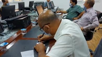 Photo of رئيس جامعة بني وليد يناقش مشاكل نقابة هيئة التدريس وموظفي الجامعة