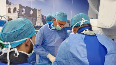 Photo of (300) عملية جراحية سنوياً مابين بسيطة وكبرى ومعقدة أجريت بقسم جراحة الأوعية الدموية بالمستشفى الجامعي طرابلس