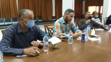 Photo of أندية المنطقة الغربية والجبل تناقش وضع الاتحاد الليبي لكرة القدم