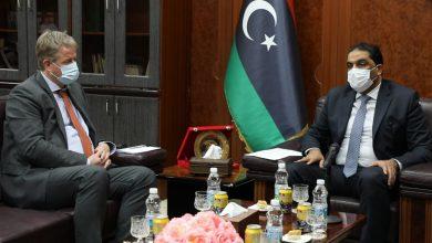 Photo of وزير العدل بحكومة الوفاق يستقبل سفير المملكة الهولندية لدى ليبيا