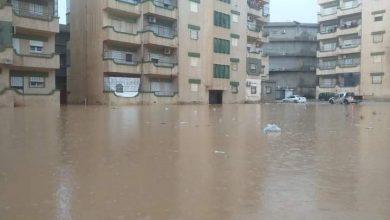 Photo of فيضانات تضرب مدينة البيضاء وتغرق معظم شوارعها