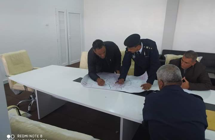 Photo of اجتماع بمديرية أمن مزدة لوضع خطة أمنية وبسط الأمن وضبط الخارجين عن القانون