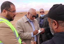 Photo of انطلاق أعمال الصيانة للطريق الرابط بين واحة سيناون ومدينة نالوت
